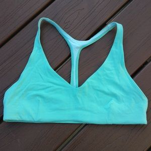 LULULEMON minty green arise bra 8